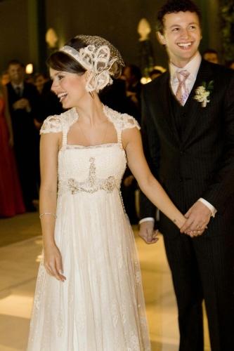 Vestido de Noiva da Sandy, feito por Emanuelle Junqueira