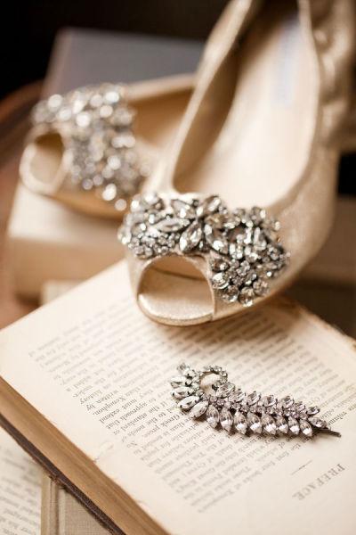 Sapato de noiva lindo